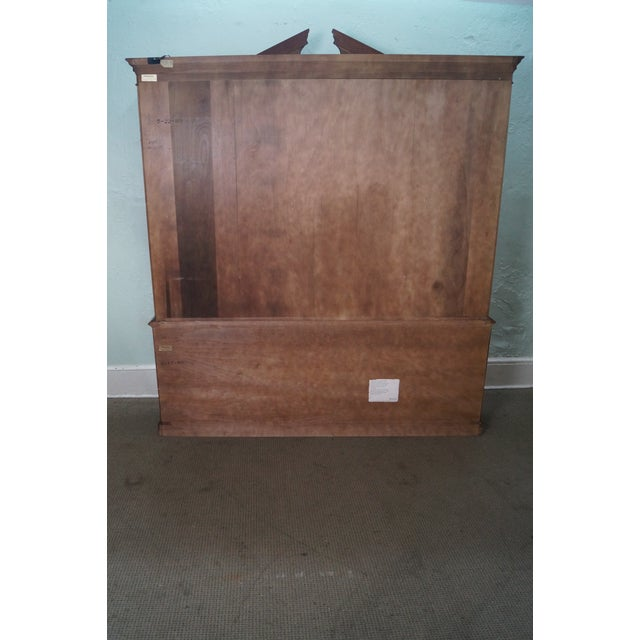 Henredon Chippendale Style Breakfront Cabinet - Image 4 of 10