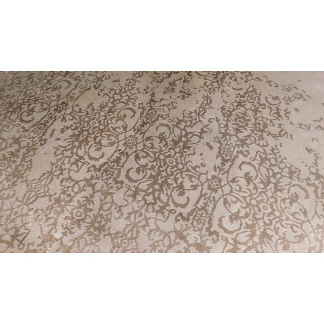 """Transitional Hand-Knotted Bamboo Silk Luxury Rug - 8'1"""" X 10'1 - Image 2 of 4"""