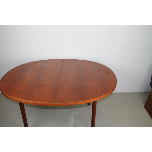 Finn Juhl Dining Table With a Single Leaf for John Stewart For Sale In New York - Image 6 of 7