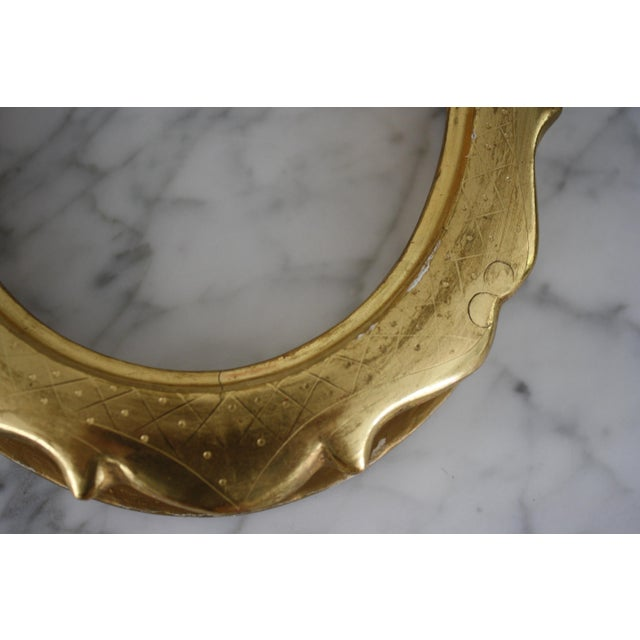 Early 20th Century Pair of Gilt Oval Frames For Sale - Image 5 of 13