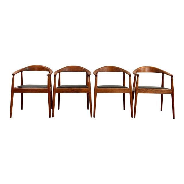 1960s Vintage Hans Wegner Style Danish Modern Dining Chairs- Set of 4 For Sale