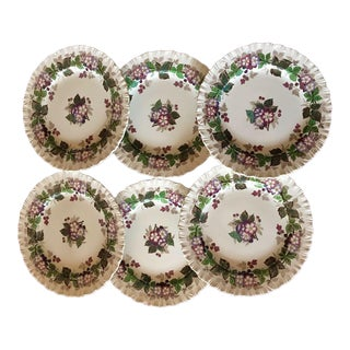 1950s Vintage Wedgwood Gratewood Pattern Salad or Luncheon Plates- Set of 8 For Sale
