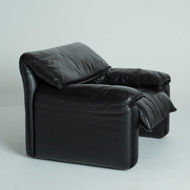 Black Leather Italian Club Chairs - Pair - Image 10 of 11