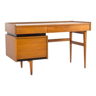 Mid Century Vintage Merton Gershun for Dillingham Walnut Floating 3 Drawer Desk For Sale