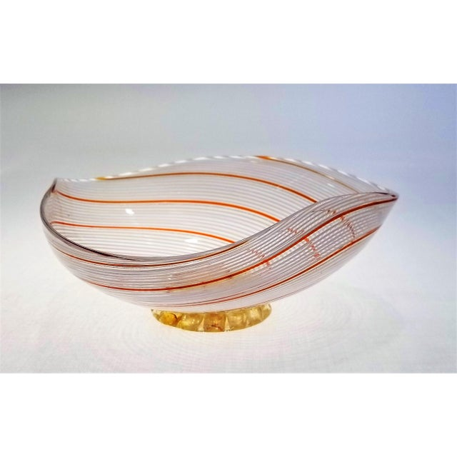 Art Deco Vintage Murano Glass Bowl by Dino Martens - 1954 For Sale - Image 3 of 11