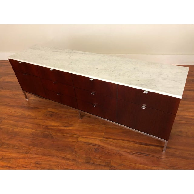 1970s Florence Knoll Four Position Credenza With Marble Top For Sale - Image 5 of 13