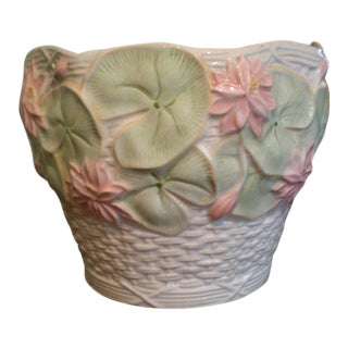 Ceramic Green Lily Pad Motif Planter