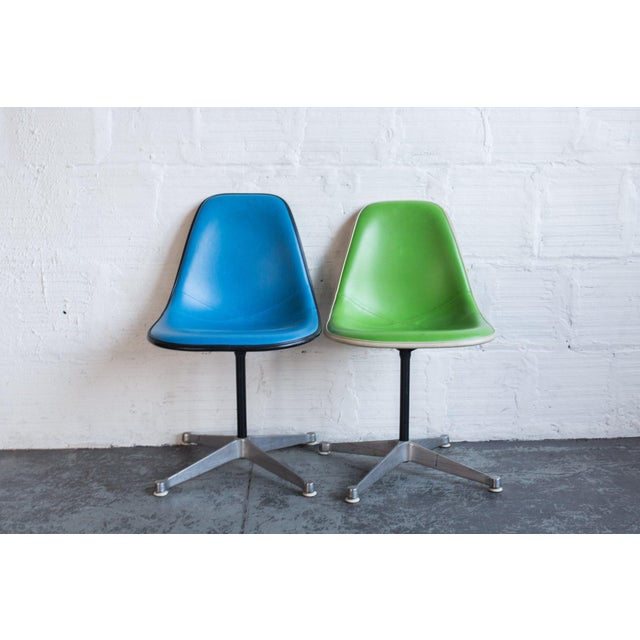 A pair of chairs designed by Charles and Ray Eames, 1948-1950. Made in United States A unique take on the classic Eames...