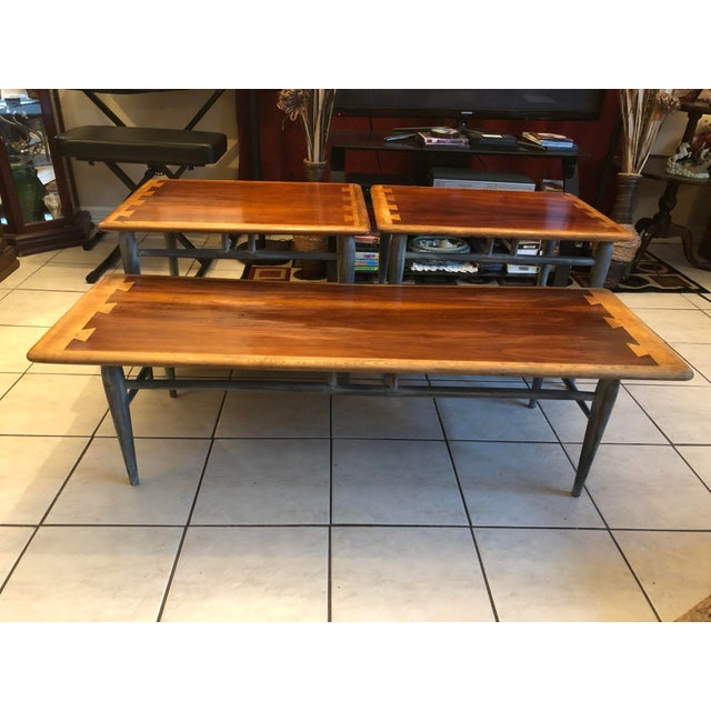 For sale is 3-pc set mid-century Lane acclaim dovetail coffee table & 2 acclaim dovetail end tables restored and painted...