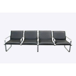 8ft Hannah Morrison for Knoll Four-Seat Airport Seating Preview