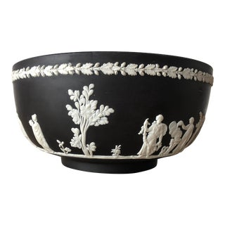 Vintage Wedgewood Collectible Cream/White on Black Jasperware Round Sacrifice Bowl For Sale