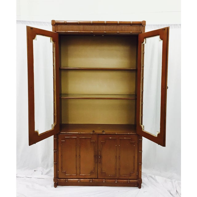 Vintage Chippendale Style China Cabinet - Image 6 of 10