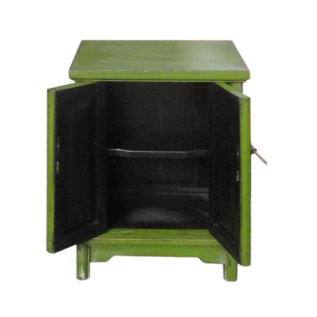 Grass Green Oriental End Table Nightstand For Sale - Image 4 of 5