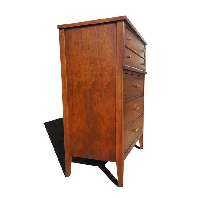 Mid-Century Modern American Mid-Century Modern - Mid-Century Modern - Highboy / Dresser For Sale - Image 3 of 9