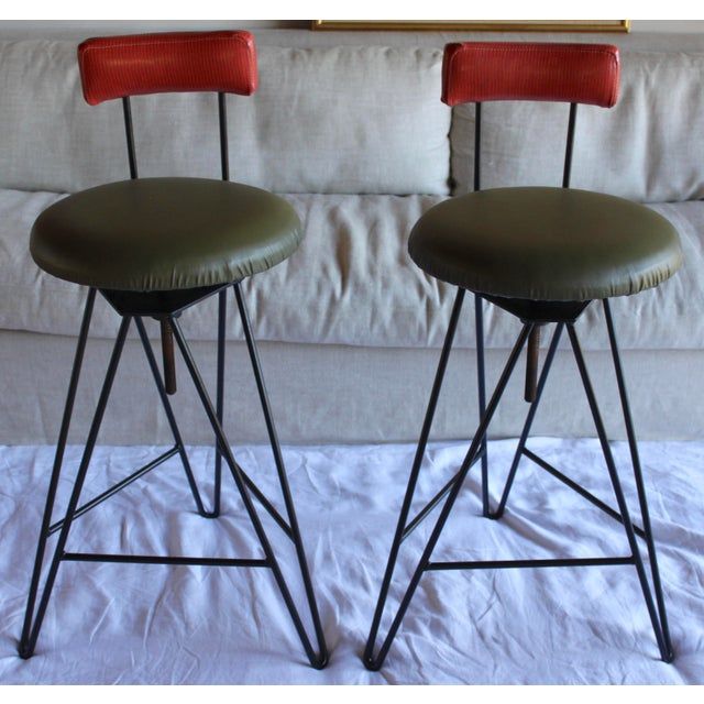 1960s Mid Century Modern Italian Wrought Iron Adjustable Height Bar Stools Arthur Umanoff Style- a Pair For Sale - Image 5 of 11