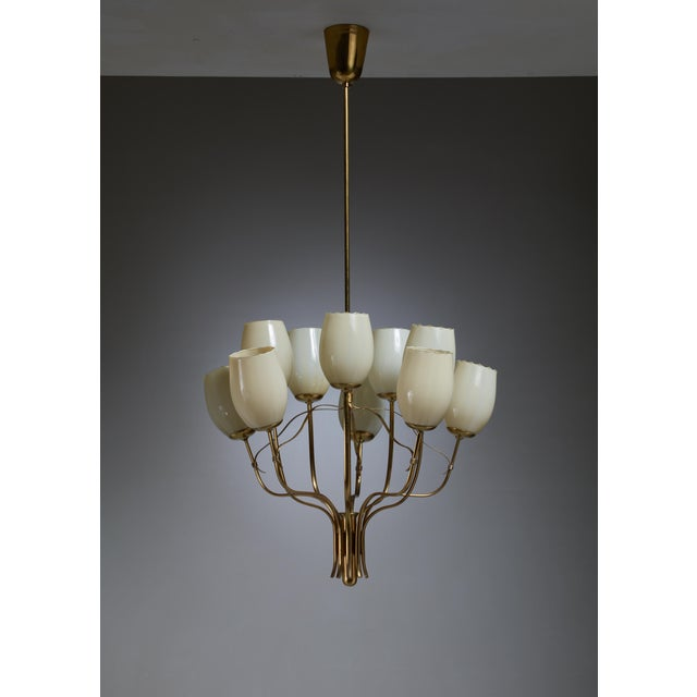 Mid-Century Modern Paavo Tynell Chandelier for Sokos Helsinki House, Taito, Finland, 1950s For Sale - Image 3 of 5