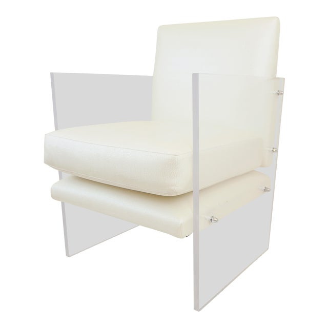 Vintage Mid Century Modern Clear Lucite & White Upholstered Arm Chair For Sale