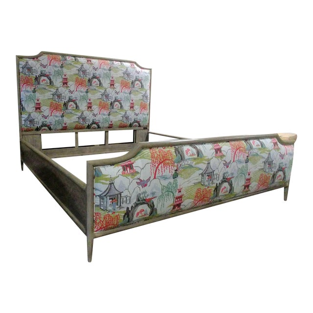 Henredon Furniture 1945 Collection Catherine Grey Makore Queen Panel Bed with Chinoiserie Fabric For Sale