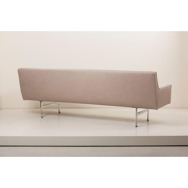 Tufted Sofa in Grey Leather by Milo Baughman for Thayer Coggin For Sale - Image 11 of 13