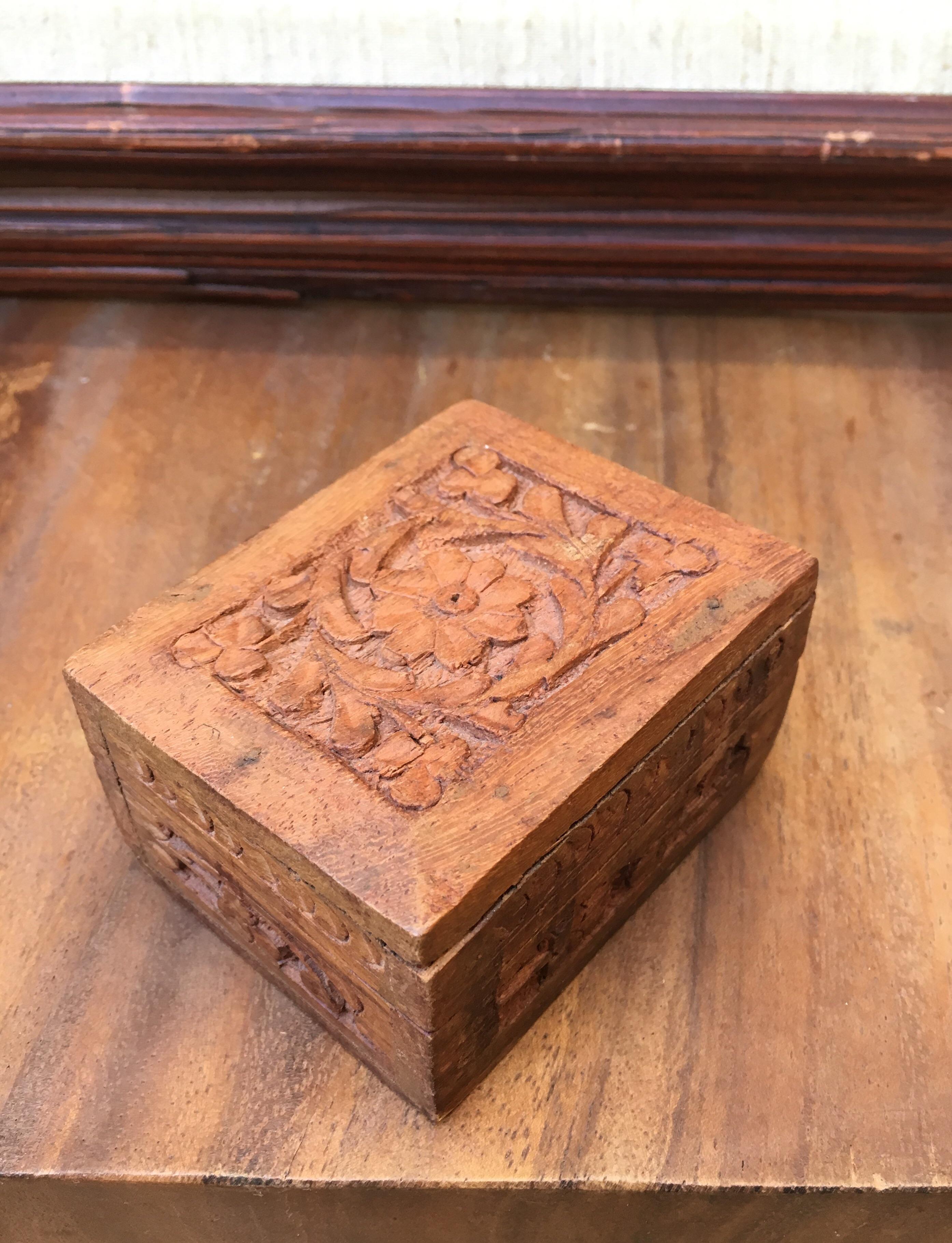 Carved Sandalwood Box   Image 6 Of 6