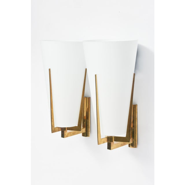 Gold Set of Four Large Stilnovo Brass and Frosted Glass Wall Lights, Italy For Sale - Image 8 of 9