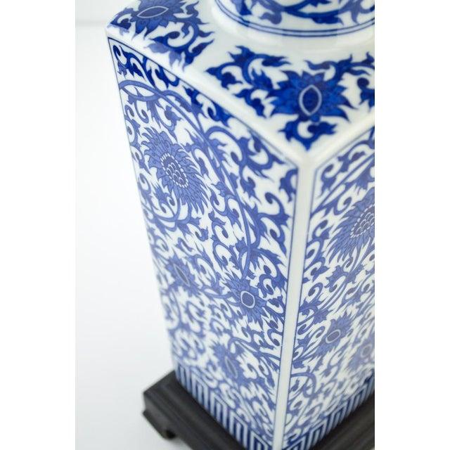 Blue & White Chinoiserie Vase Lamp - Image 5 of 8