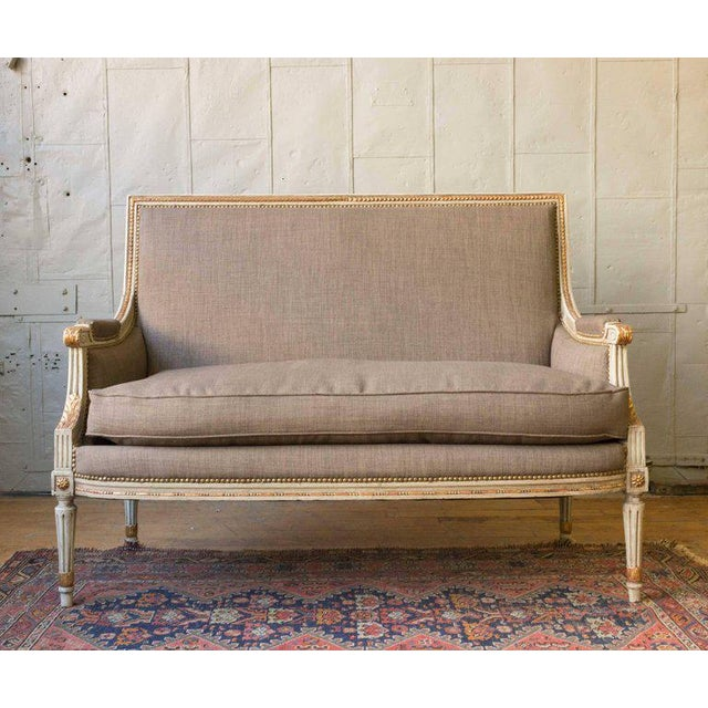 Early 20th Century French Louis XVI Style Settee in Grey Linen - Image 2 of 11