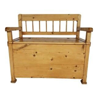 Rustic Pine Bench With Lift Top For Sale
