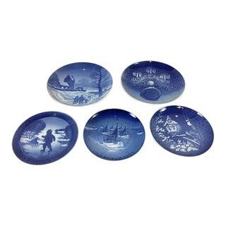 Porcelain Hjem Til Jul Plates - Set of 5