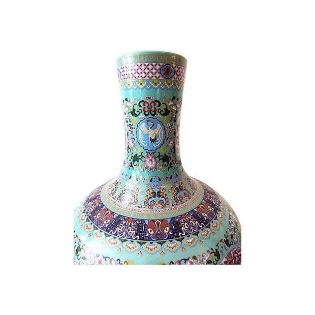 Blue Famille Rose Onion-Shape Vases - Set of 2 For Sale - Image 8 of 8