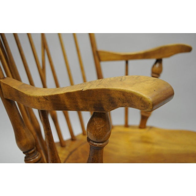 Maple Colonial Traditional Vtg Nichols & Stone Maple Wood Windsor Rocking Chair Rocker For Sale - Image 7 of 11