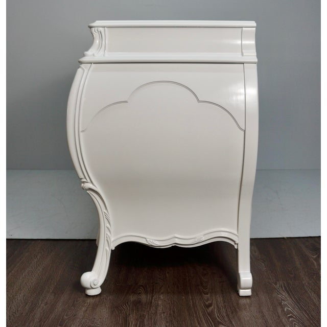 Modern Mid 20th Century White Lacquered Bombay Dresser For Sale - Image 3 of 9