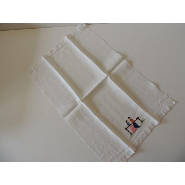 Traditional Vintage Pink and Orange Embroidered Bathroom Guest Towel For Sale - Image 3 of 5