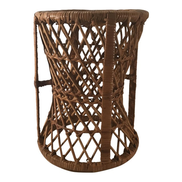 Vintage Mid-Century Modern Wicker Stool or Plant Stand For Sale