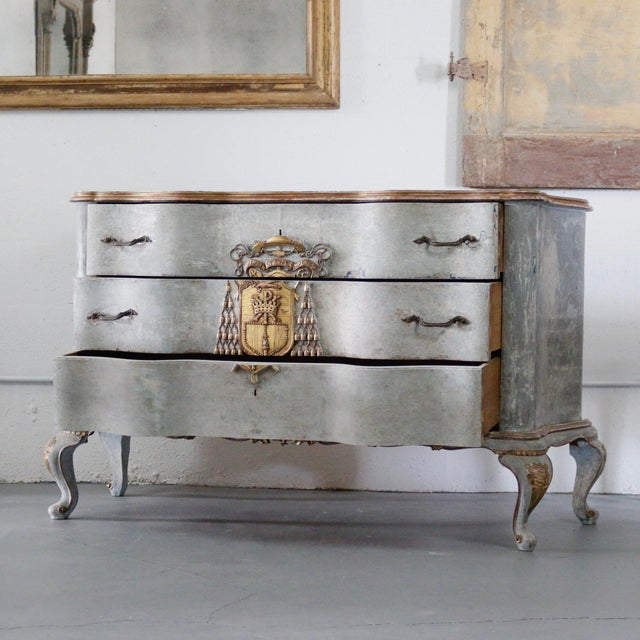 Italian Cardinal Medina Coat of Arms Chest (1940's). An addition to any room. This Italian coat of arms chest is an...