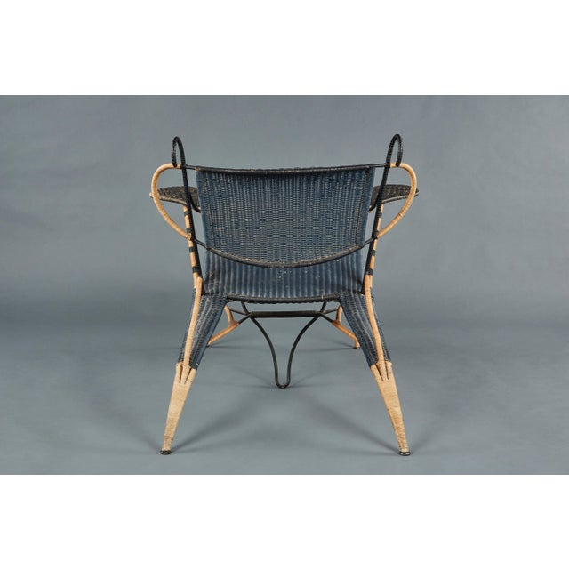 1970s Sculptural Italian Black and Natural Wicker Chair Over a Steel Frame For Sale - Image 5 of 8