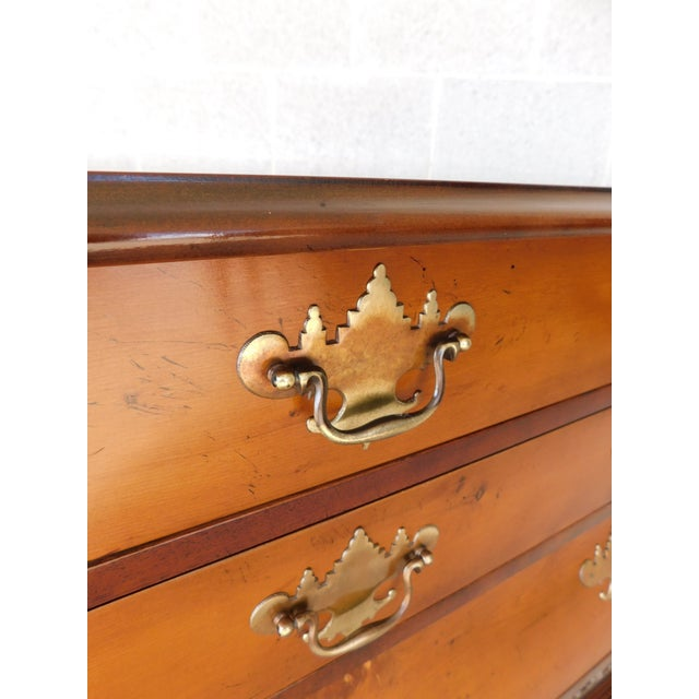 Vintage Chippendale Bombe Style Mahogany Chest 39w For Sale In Philadelphia - Image 6 of 13