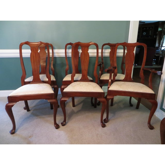 Queen Anne Henkel Harris Dining Set For Sale In Cleveland - Image 6 of 10