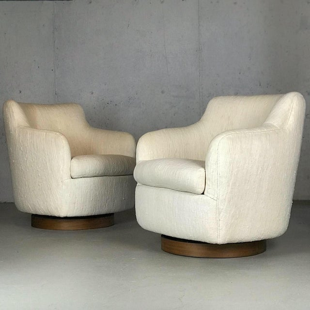 Designer Swivel and Tilt Lounge Chairs by Milo Baughman for Thayer Coggin For Sale - Image 11 of 11