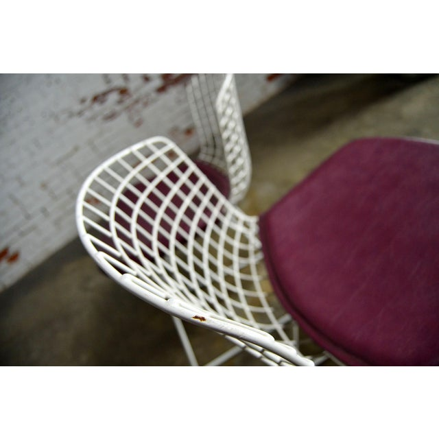 Purple Vintage Mid-Century Modern Bertoia White Wire Side Chairs For Sale - Image 8 of 11