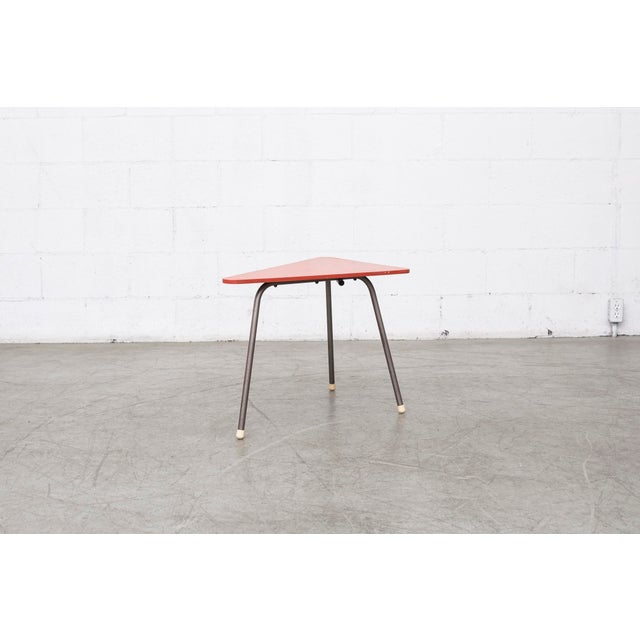 Retro Red Triangle Side Table - Image 4 of 11