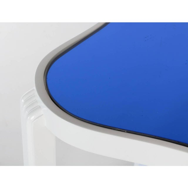 Wood Art Deco Two-Tier White Lacquer and Blue Mirror Side Table For Sale - Image 7 of 7