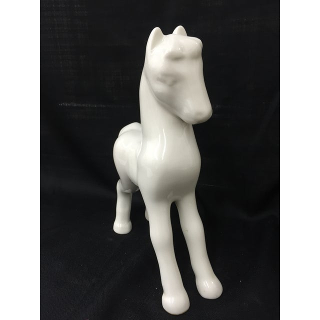 Shenango 1910 China White Ceramic Horse For Sale - Image 4 of 5