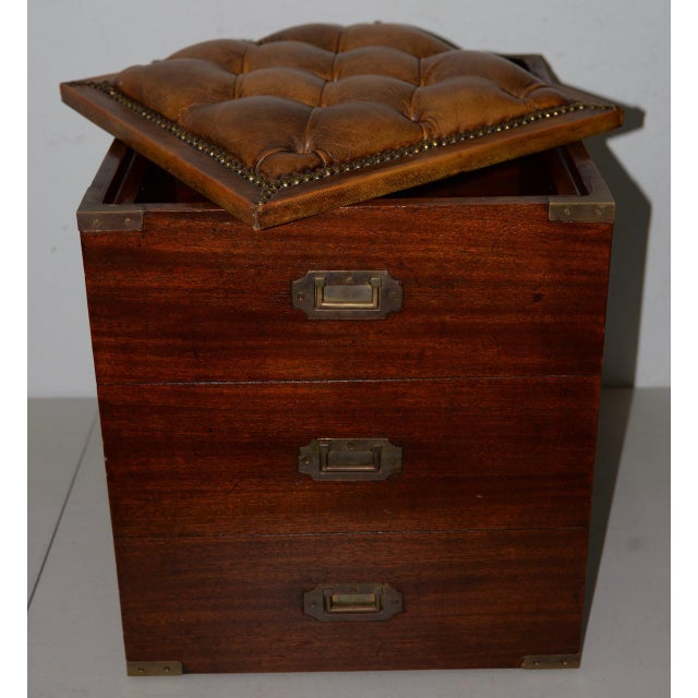 19th Century Campaign Mahogany Storage Chest W/ Tufted Leather Seat For Sale - Image 4 of 7