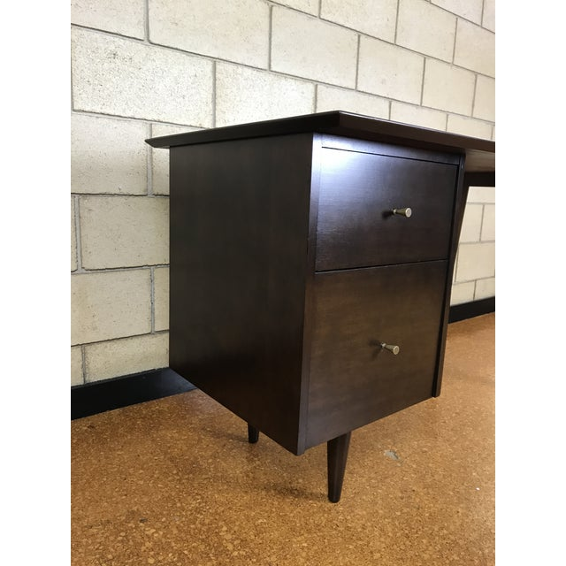 Paul McCobb for Winchendon/Planner Group Refinished Desk For Sale - Image 5 of 10