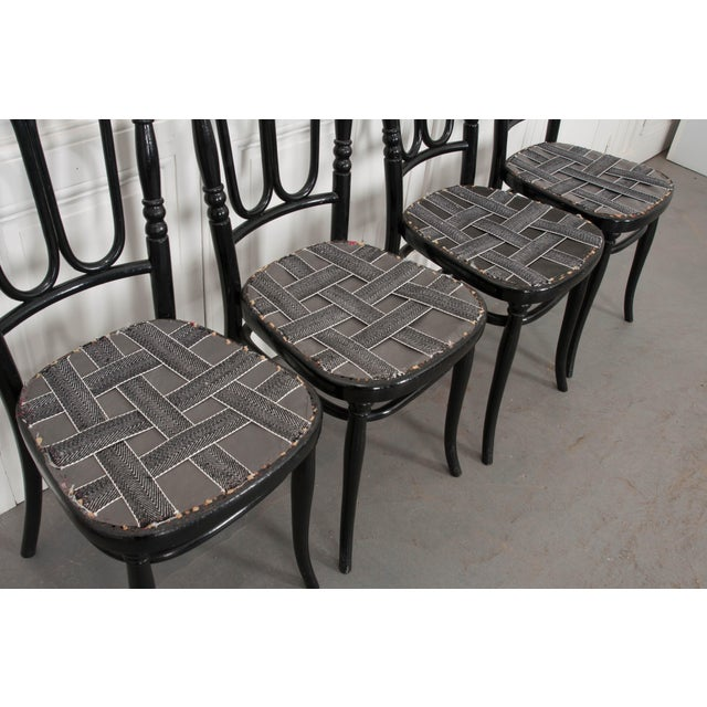 1900s Set of Four Ebony Thonet Bentwood Side Chairs For Sale - Image 5 of 13