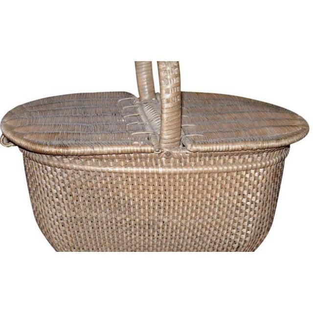 Charming handwoven nantucket style basket.