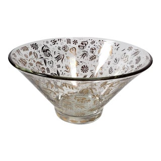 Mid-Century Georges Briard Gold Leaf Floral Motif Glass Bowl For Sale