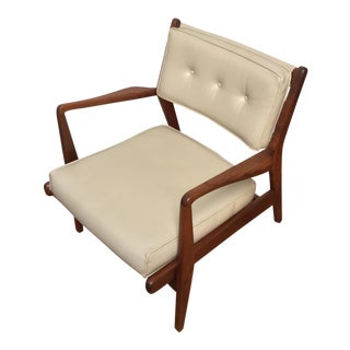 20th Century Scandinavian Modern Jens Risom Walnut Low Lounge Chair For Sale