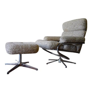 Mid Century Modern Chrome Lounge Chair / Recliner + Ottoman For Sale